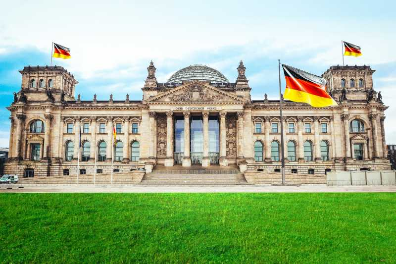Der Bundestag von außen
